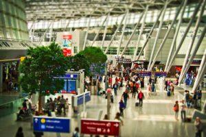 男のタイ旅行 空港