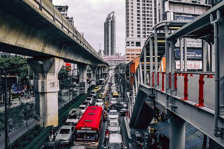 タイ旅行 スマートフォン