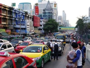 タイ旅行 スマホ
